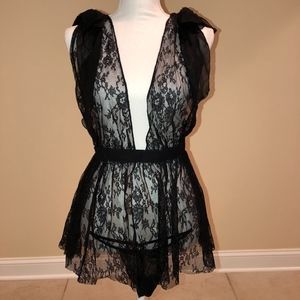 NEW S Victoria's Secret Black Lace Babydoll Thong